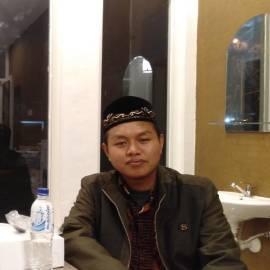 Ahmad Husain Fahasbu