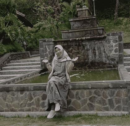 Rosita Meisti Hazriyani