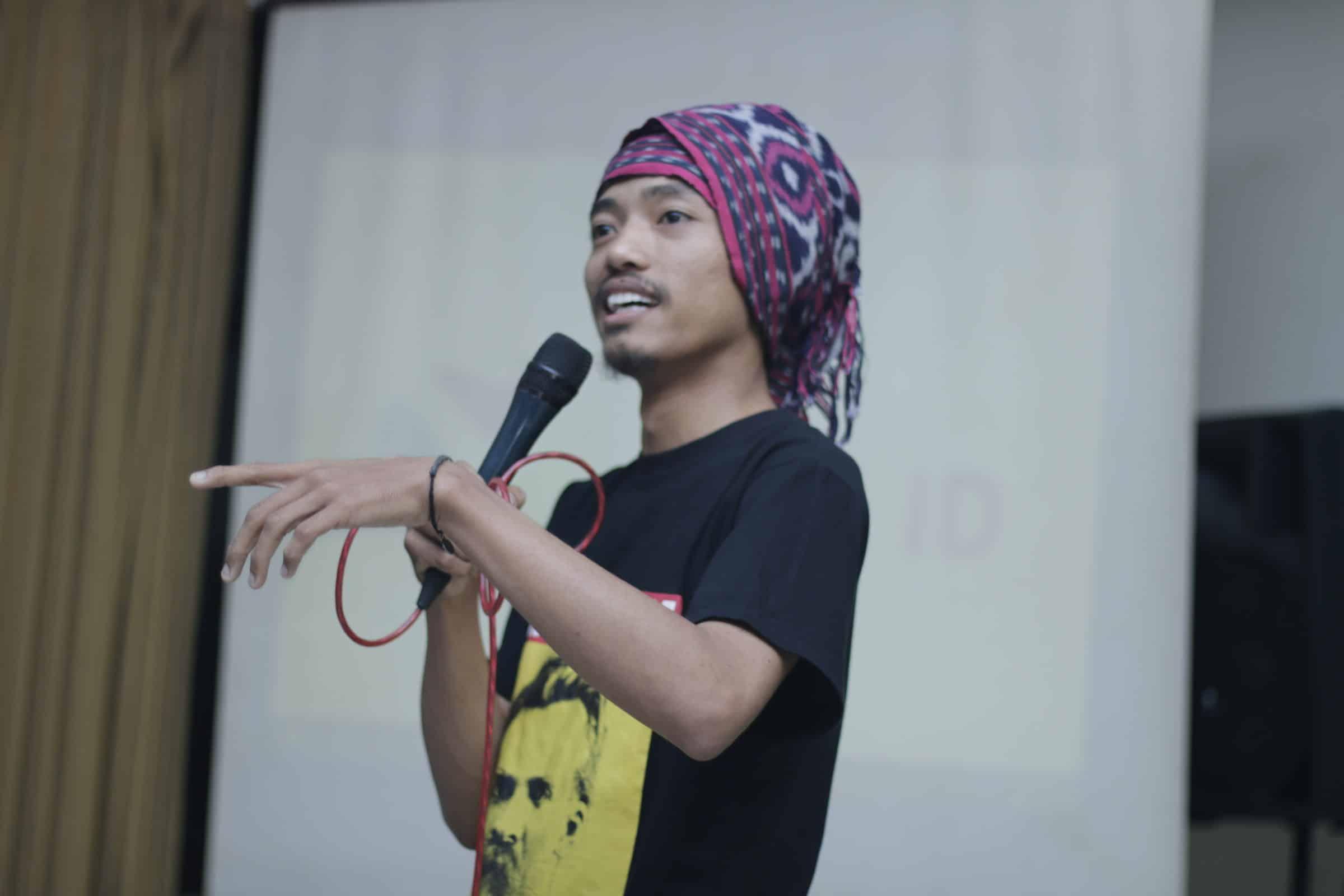Ahmad Shalahuddin M